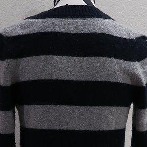 GAP Sweaters - Sweater Top